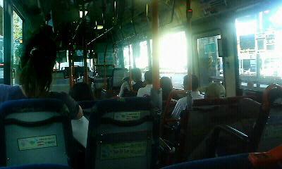 バスに揺られて