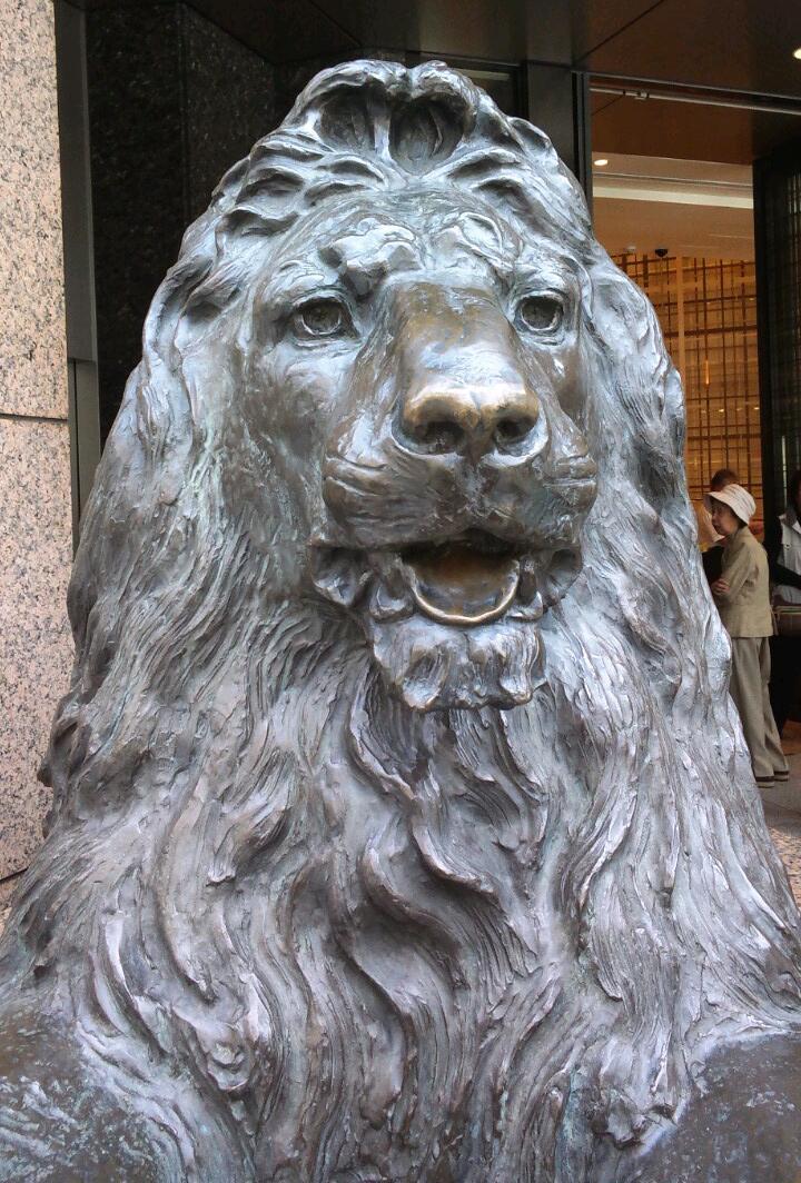 三越のライオン