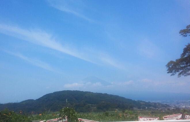 真夏の富士の嶺