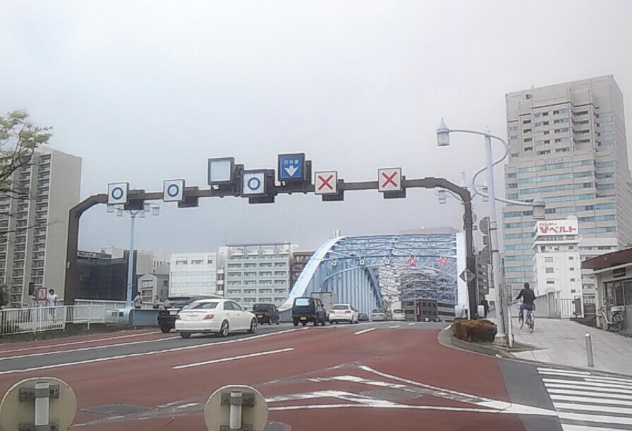 永代橋から日本橋へ