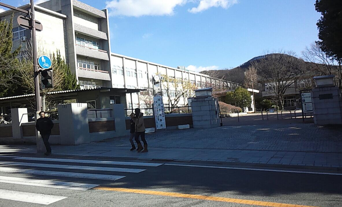 武田神社の方向に
