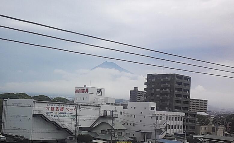 今日の富士山とトンカツ
