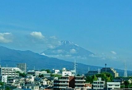 三島あたりからの富士山