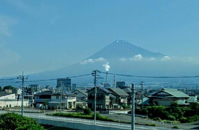 新富士を過ぎてからの富士山
