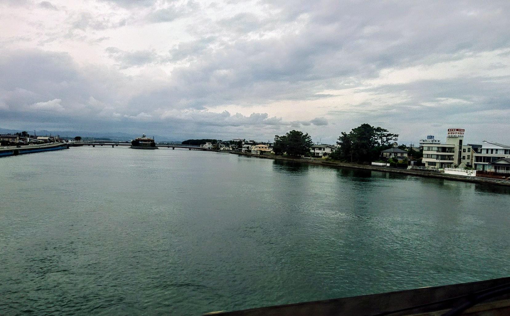 夕方の浜名湖橋梁